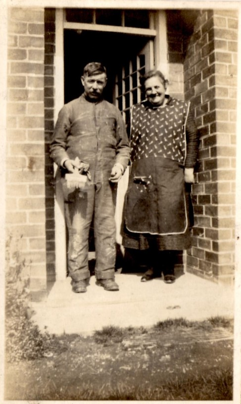 Henry Hunter and Mary Ann Hunter (nee Wright)
