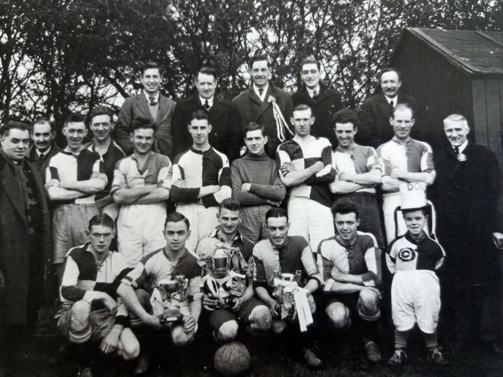Hedon United afc 1931-32 Charlie Hunter back row middle