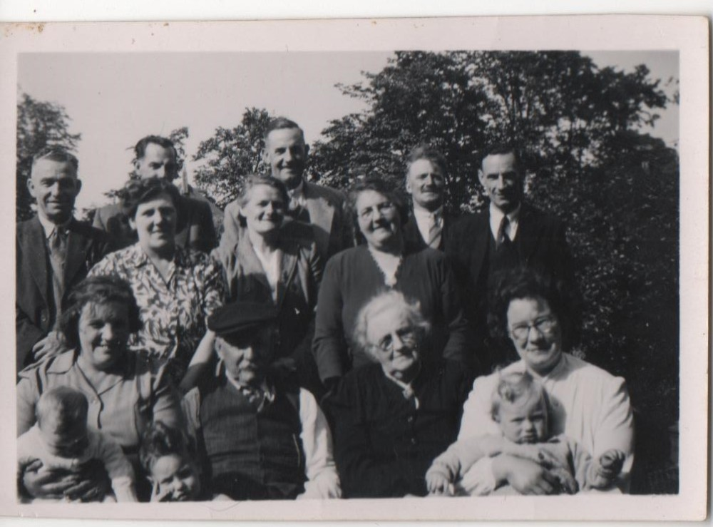 Reg Storey, Ronnie Hunter, Charlie. Grandma Dot, Mary, Issy Gibson, George Gibson, Harold Hopper, Amy Storey, Henry Hunter, Mary Ann Hunter, Dolly Hopper..jpg